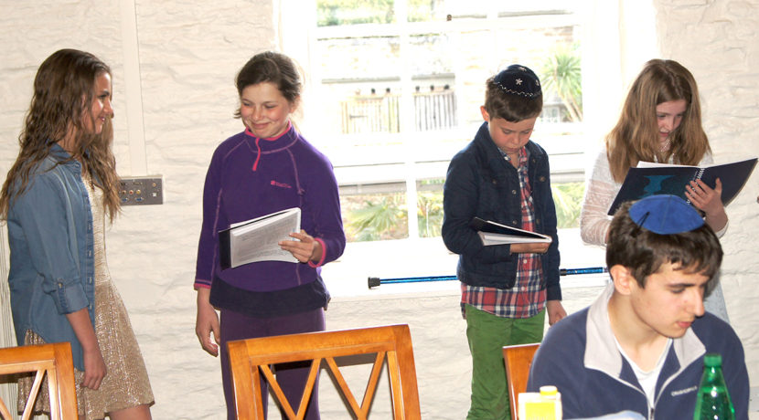 Pesach Seder Photos